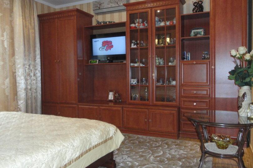 Дом на набережной, 100 кв.м. на 6 человек, 3 спальни, улица Карла Маркса, 4, Алушта - Фотография 6