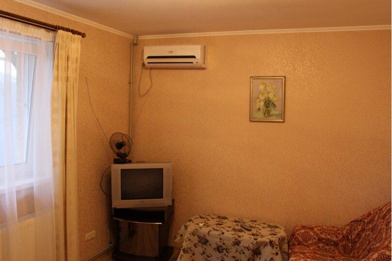 1-комн. квартира, 20 кв.м. на 4 человека, улица Колодяжного, 14А, Феодосия - Фотография 24