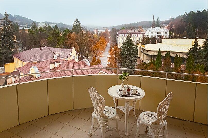 3-комн. квартира, 140 кв.м. на 9 человек, улица Герцена, 5, Кисловодск - Фотография 8