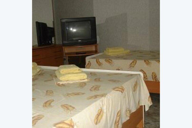 Трехместный улучшенный, Буденного, 6, Межводное - Фотография 1