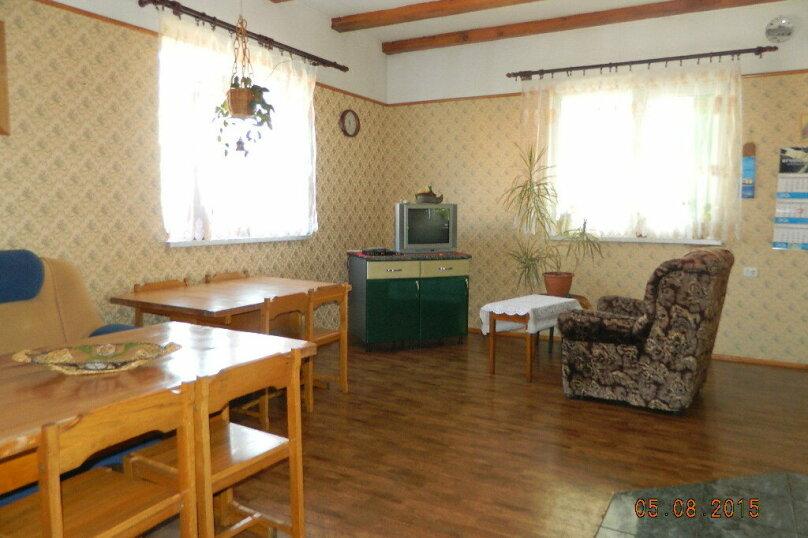 Отличный отдых на берегу моря для семьи или  компании, 200 кв.м. на 14 человек, 3 спальни, п. Заостровье , Сосновая , 10, Зеленоградск - Фотография 8