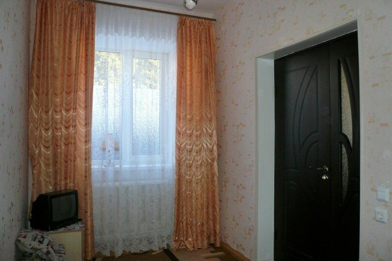 2-комн. квартира, 38 кв.м. на 3 человека, улица Урицкого, 3, Ессентуки - Фотография 5