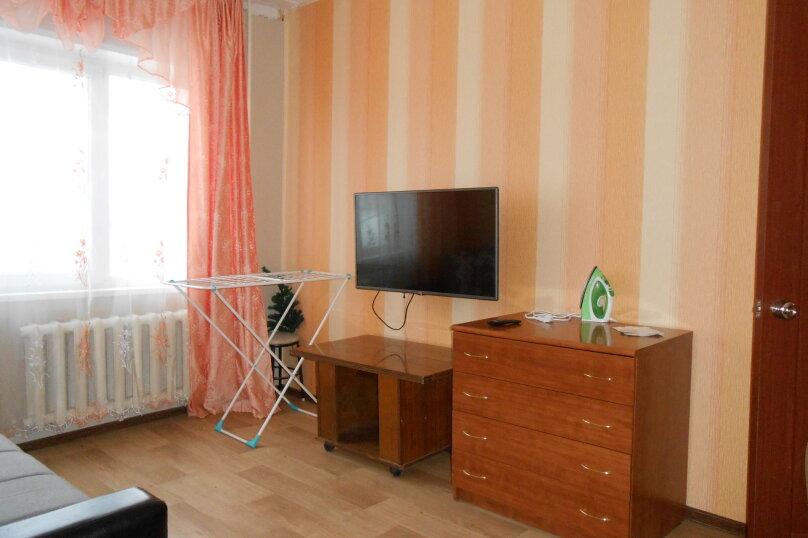 3-комн. квартира, 62 кв.м. на 7 человек, Олимпийская, 69, Кировск - Фотография 2