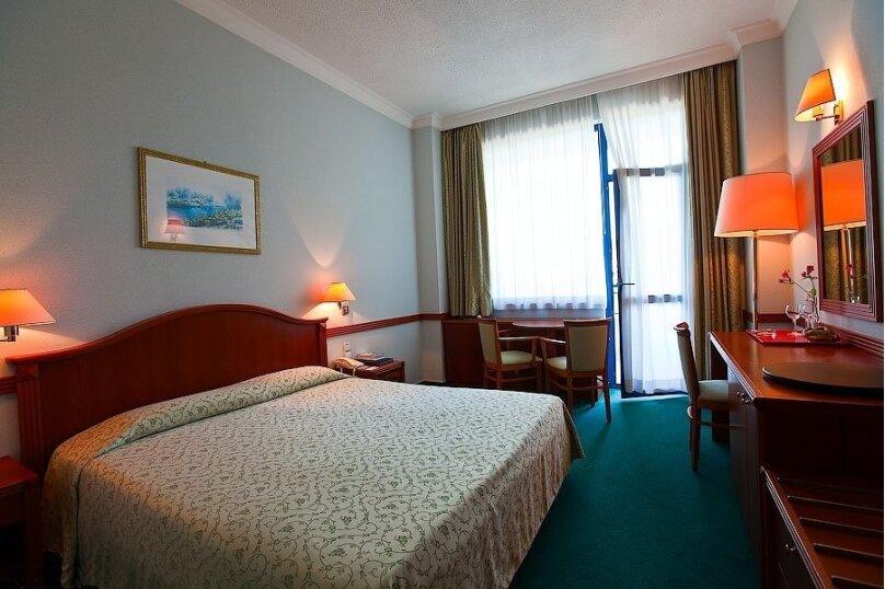 Однокомнатный 2-х местный /с французской кроватью/, Сочинское шоссе, 28, Лазаревское - Фотография 1