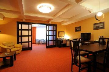 Отель, улица Фрунзе на 44 номера - Фотография 1