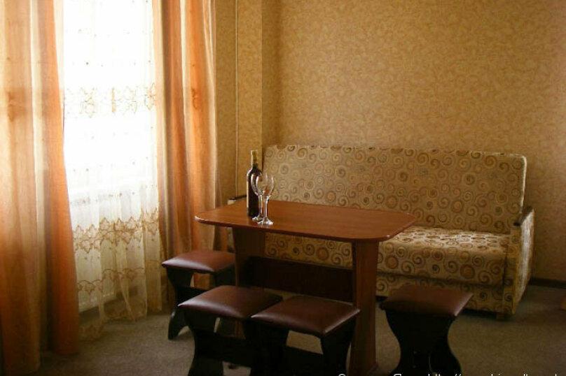 """Гостевой дом """"Над морем"""", Адаманова, 36 на 11 комнат - Фотография 39"""