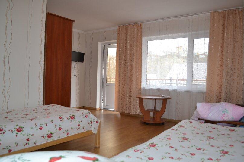 """Гостевой дом """"На Суворова 23"""", улица Суворова, 23 на 7 комнат - Фотография 13"""