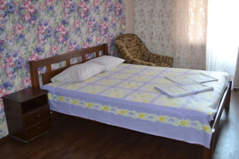 2-комн. квартира, 56 кв.м. на 4 человека, улица Шаляпина, 7, Новый Свет, Судак - Фотография 1