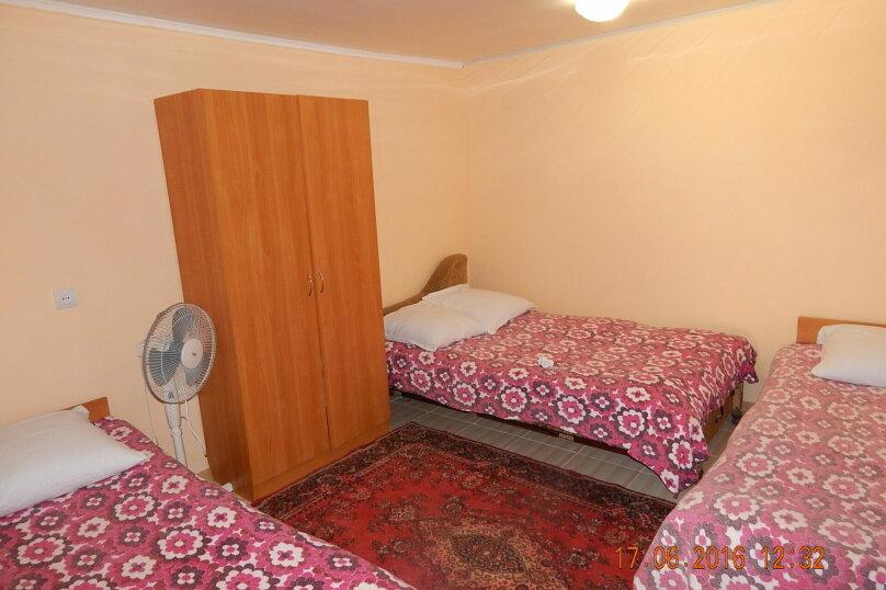 Коттедж в Заозерном, 20 кв.м. на 4 человека, 4 спальни, улица Олега Кошевого, 12, Заозерное - Фотография 2