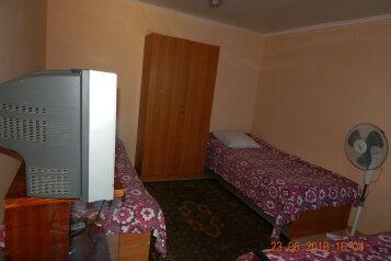 Коттедж в Заозерном, 18 кв.м. на 3 человека, 1 спальня, улица Олега Кошевого, 12, Заозерное - Фотография 2
