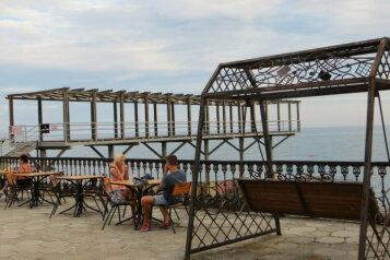 Домик у моря, 40 кв.м. на 5 человек, 1 спальня, Янтарная улица, 24, Отрадное, Ялта - Фотография 4
