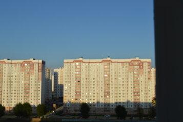 1-комн. квартира, 35 кв.м. на 4 человека, проспект Вячеслава Клыкова, 73, Курск - Фотография 2