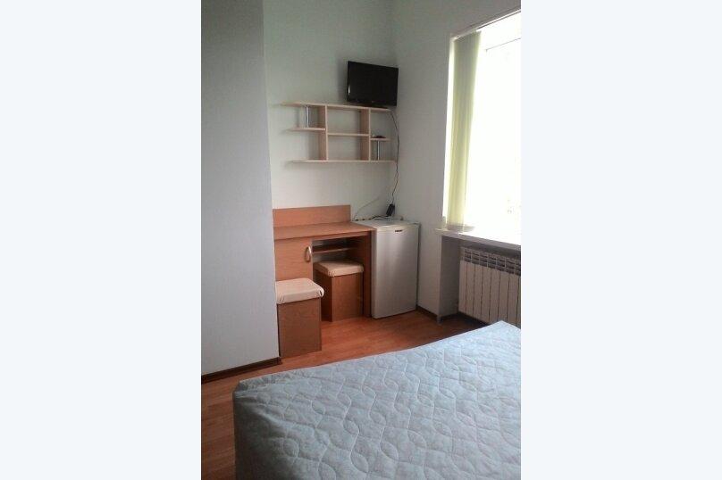 """Гостиница """"На Винодела Егорова 5А"""", улица Винодела Егорова, 5А на 3 комнаты - Фотография 24"""
