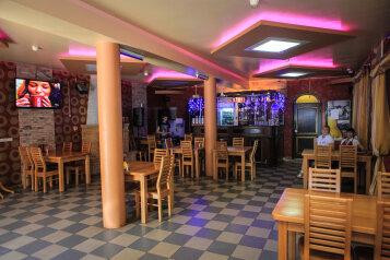 Гостиница, Приречная улица на 19 номеров - Фотография 3