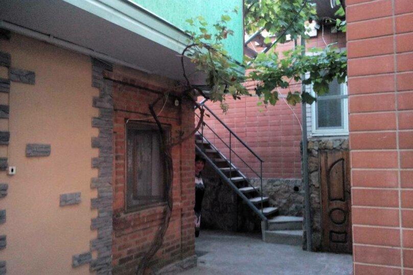 """Гостевой дом """"У Татьяны"""", Базарный переулок, 10А на 1 комнату - Фотография 41"""