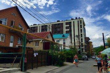 1-комн. квартира, 36 кв.м. на 5 человек, улица Просвещения, 167, Адлер - Фотография 1