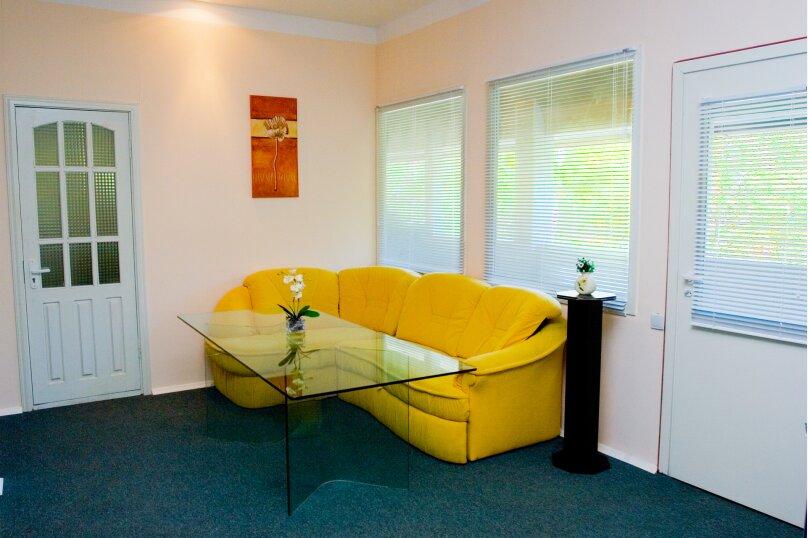 """Гостевой дом """"Вилла Грёз"""", Бахчисарайское шоссе, 33 на 4 комнаты - Фотография 7"""