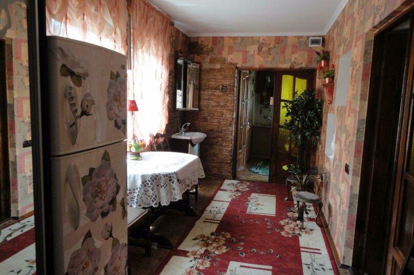 Дом на набережной, 100 кв.м. на 6 человек, 3 спальни, улица Карла Маркса, 4, Алушта - Фотография 10