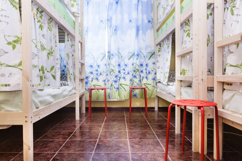 Кровать в мужском 6-местном номере, улица Академика Анохина, 5к2, Москва - Фотография 1