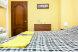Двухместный номер с двуспальной кроватью (Double) и отдельными туалетом и душевой кабиной:  Номер, Люкс, 4-местный (2 основных + 2 доп), 1-комнатный - Фотография 43