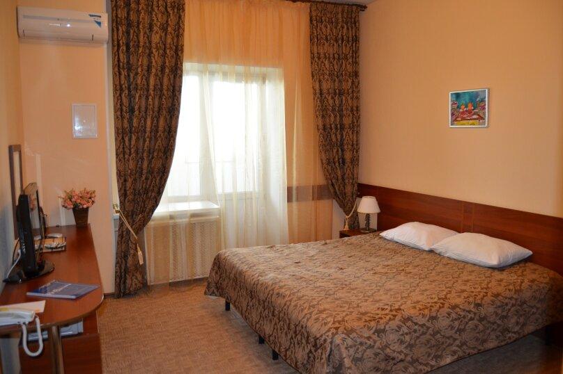 """Мини-отель """"На высоте"""", Комсомольская улица, 139 на 7 номеров - Фотография 1"""