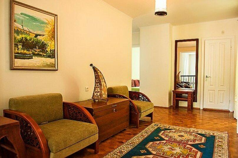 Вилла, 200 кв.м. на 8 человек, 4 спальни, улица Геологов, 2, Гурзуф - Фотография 11
