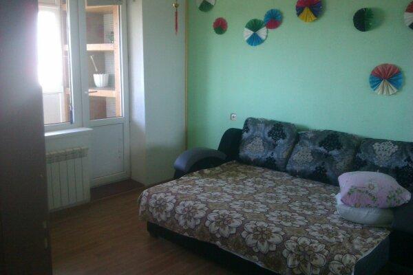 2-комн. квартира на 4 человека, улица Ленина, 6, Штормовое - Фотография 1