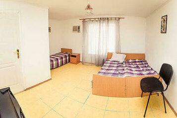 Гостиница с удобствами, Морская,4 на 8 номеров - Фотография 4