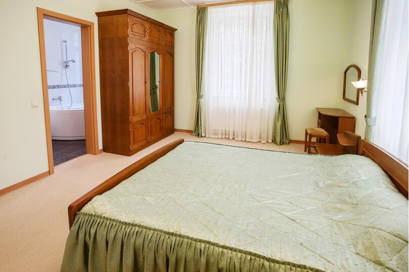Вилла, 480 кв.м. на 12 человек, 6 спален, Горная, 22а, Ялта - Фотография 8