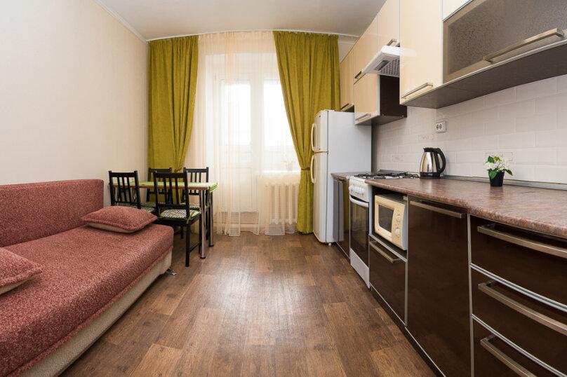 1-комн. квартира, 55 кв.м. на 5 человек, Чистопольская улица, 74, Казань - Фотография 10