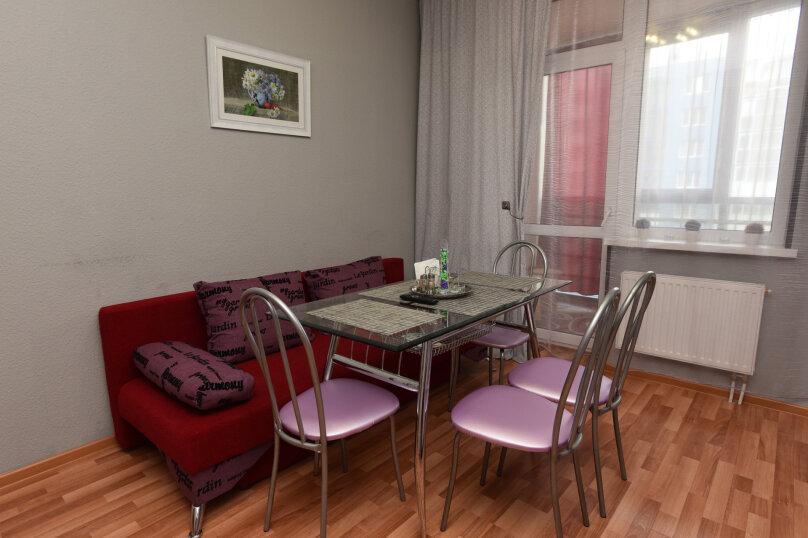 1-комн. квартира, 52 кв.м. на 5 человек, улица Шейнкмана, 90, Екатеринбург - Фотография 17