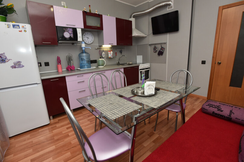 1-комн. квартира, 52 кв.м. на 5 человек, улица Шейнкмана, 90, Екатеринбург - Фотография 19