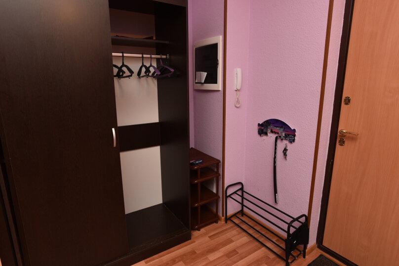 1-комн. квартира, 52 кв.м. на 5 человек, улица Шейнкмана, 90, Екатеринбург - Фотография 32