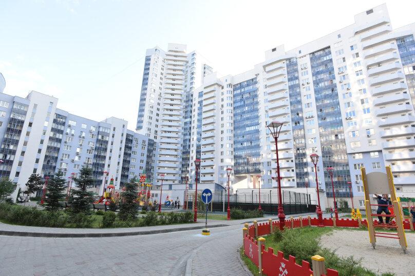 1-комн. квартира, 52 кв.м. на 5 человек, улица Шейнкмана, 90, Екатеринбург - Фотография 38