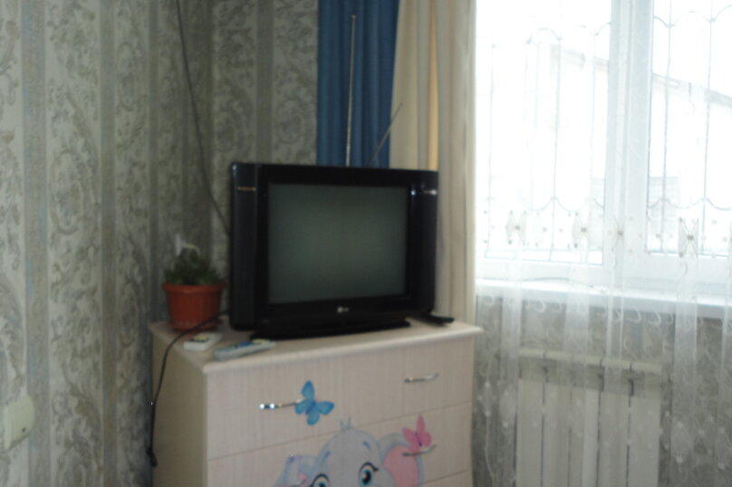 Дом на 6 человек, 2 спальни, Карла Маркса, 8, Алушта - Фотография 9
