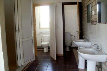 Гостевой дом Коттедж 3 комнатный., ул. Озен-бою на 5 номеров - Фотография 3