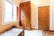 Этаж под ключ для 5-7 человек с балконом (Три спальни и кухня), улица Моряков на 3 номера - Фотография 6