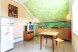 Этаж под ключ для 5-7 человек с балконом (Три спальни и кухня), улица Моряков на 3 номера - Фотография 10