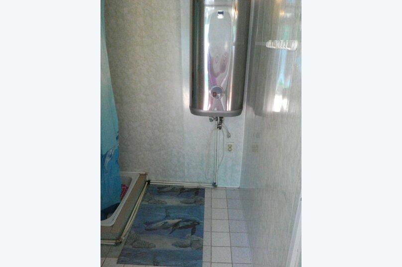 Уютный маленький домик. С частичными удобствами. (1), 18 кв.м. на 4 человека, 1 спальня, Энгельса, 146, Ейск - Фотография 2