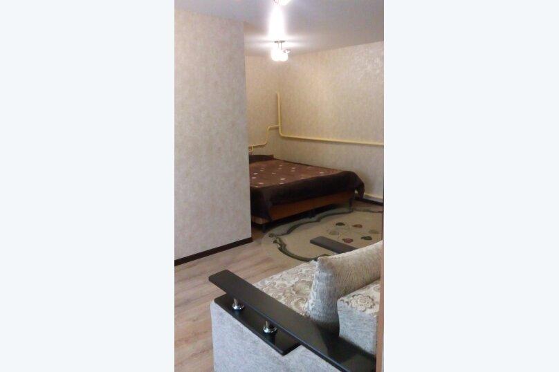 Дом, 70 кв.м. на 6 человек, 6 спален, Сергея романа, 18, Ейск - Фотография 2