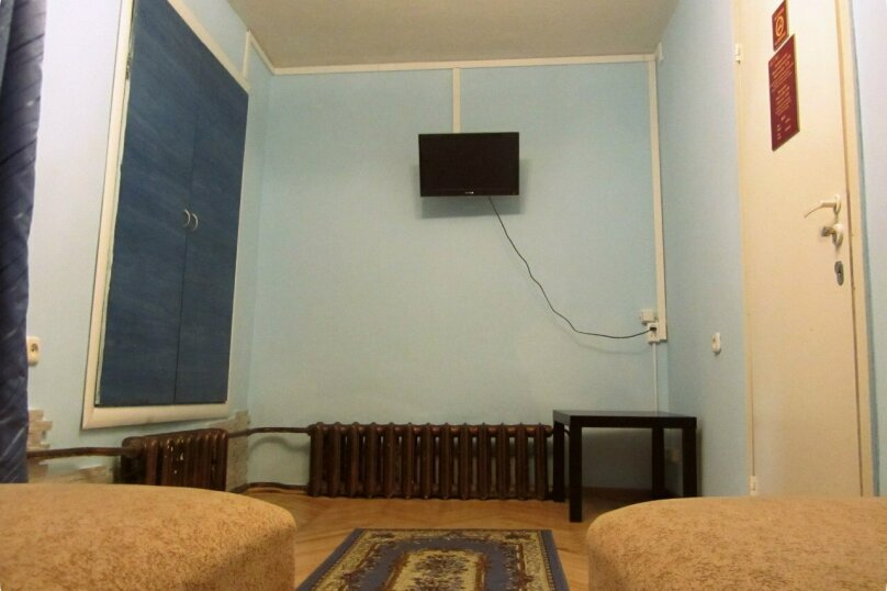 """Гостевой дом """"На Жуковского 6"""", улица Жуковского, 6 на 3 комнаты - Фотография 6"""