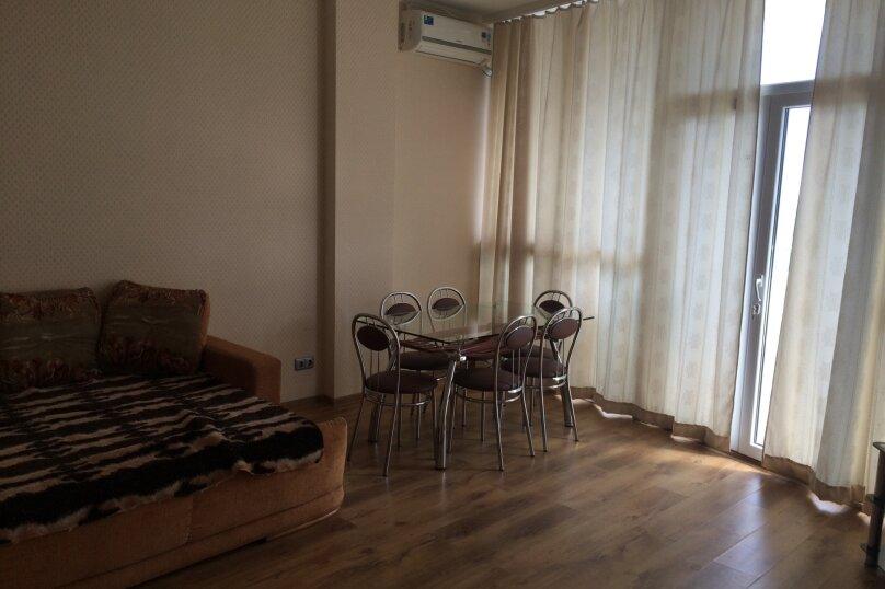 2-комн. квартира, 68 кв.м. на 4 человека, улица Строителей, 3А, Гурзуф - Фотография 1