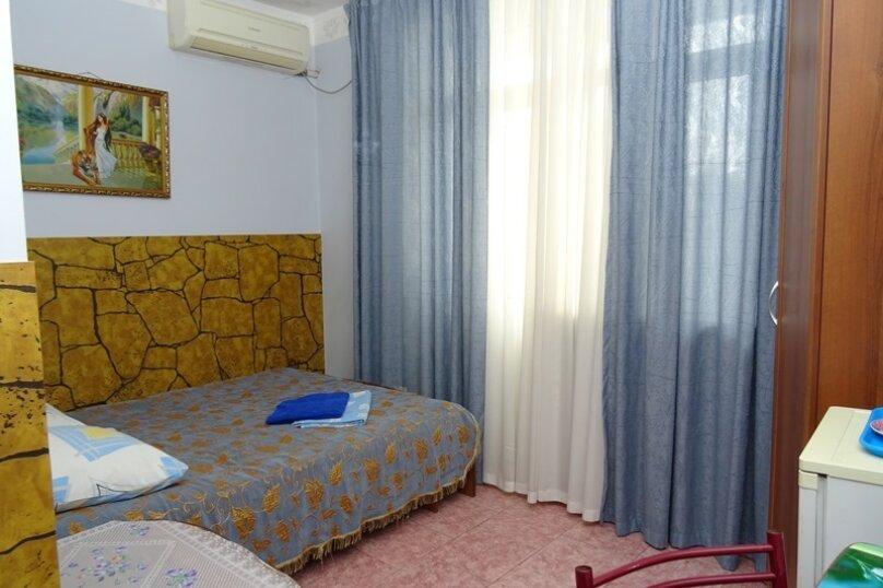 """Двухместный номер """"комфорт"""" с одной кроватью, улица Чкалова, 3В, Адлер - Фотография 6"""