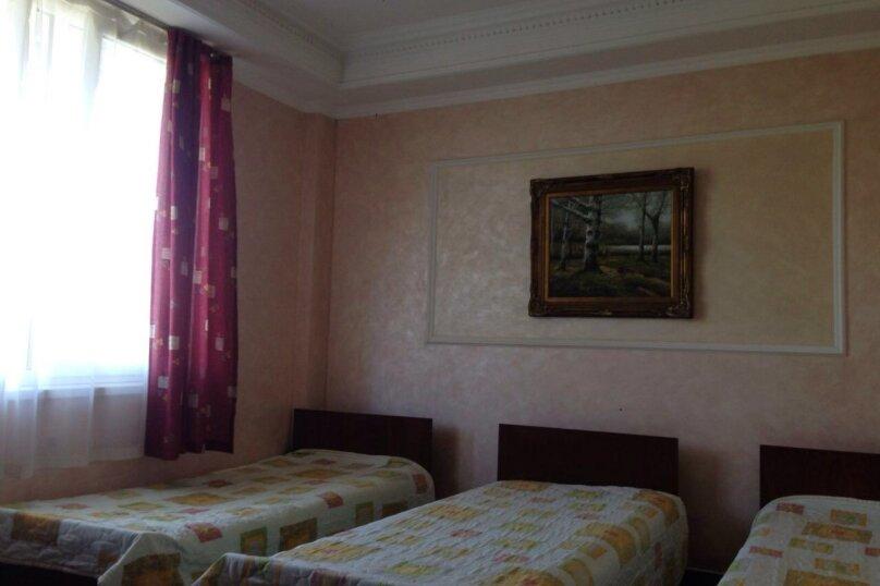 №2, №3 на первом этаже, Православная улица, 46, Адлер - Фотография 1