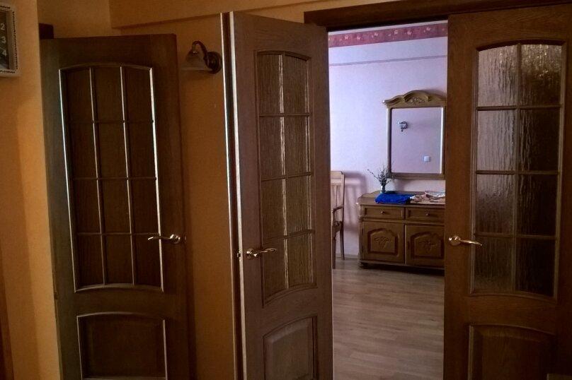 3-комн. квартира, 68 кв.м. на 6 человек, Академическая , 10, Листвянка - Фотография 2