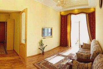 2-комн. квартира, 80 кв.м. на 4 человека, Большая Морская улица, 5, Севастополь - Фотография 1