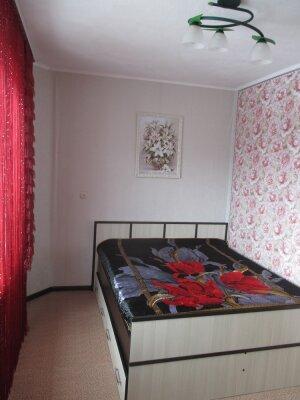 1-комн. квартира, 34 кв.м. на 4 человека, 9 микрорайон, 23а, Тобольск - Фотография 1