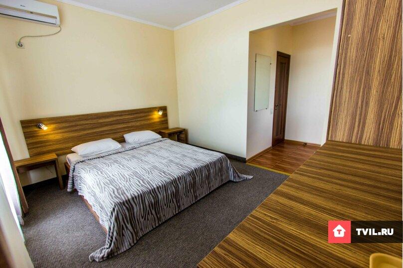 Люкс 1 комнатный, Адмиральская улица, 12, Судак - Фотография 1