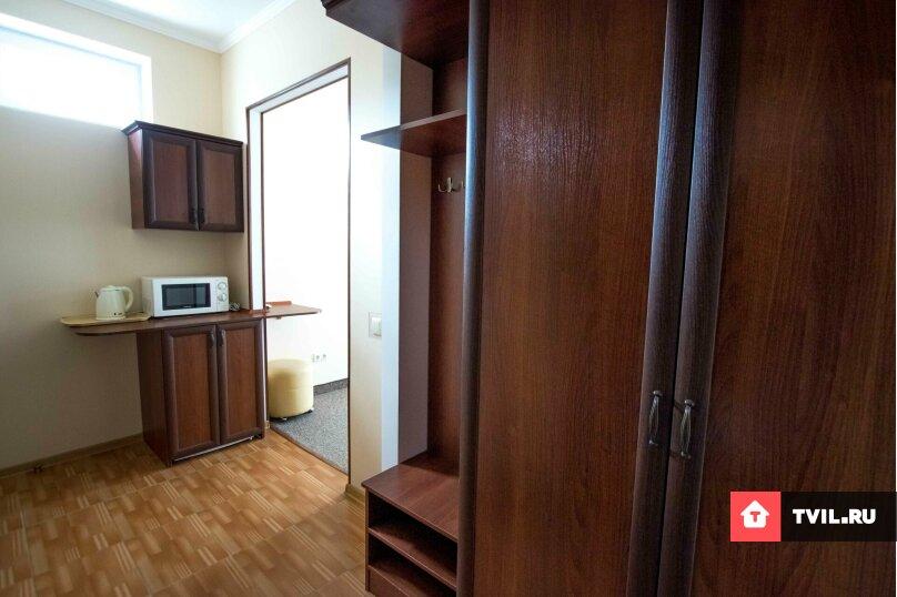 Люкс 1 комнатный 3х местный+ 1 доп.место, Адмиральская улица, 12, Судак - Фотография 6