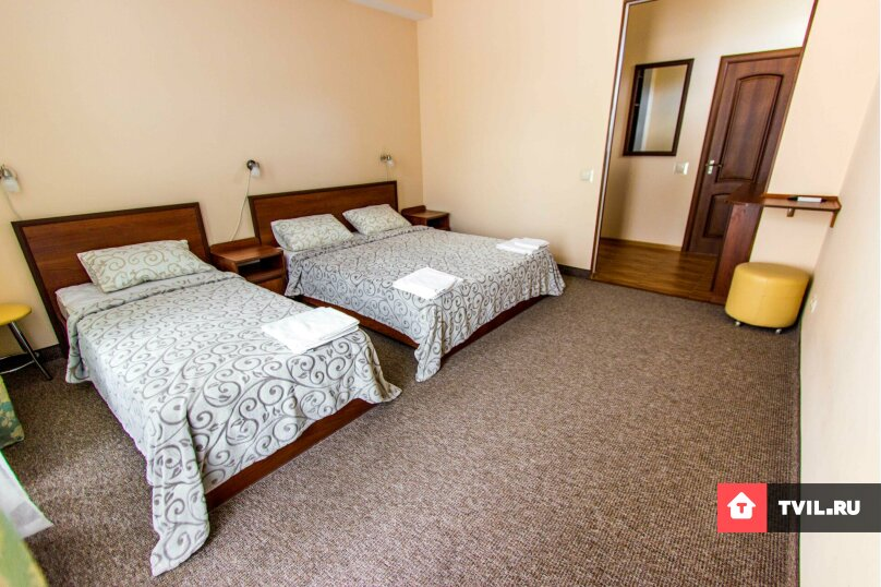 Люкс 1 комнатный 3х местный+ 1 доп.место, Адмиральская улица, 12, Судак - Фотография 1